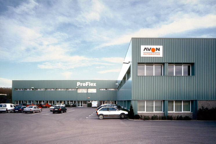 Factory for the automotive industry and offices for Proflex in Calaf, Barcelona