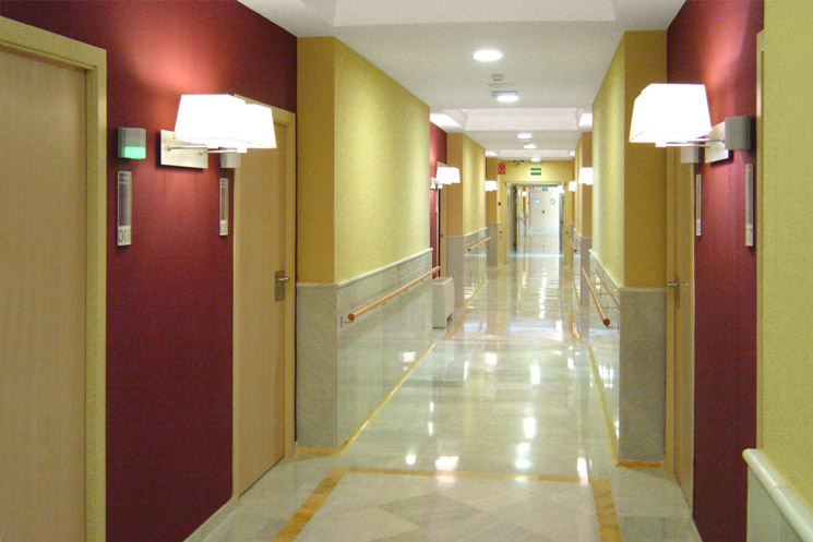 Senior residence home with garden areas, kitchen, bar-restaurant and dining room for Altanova in Barcelona